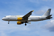 Airbus A320-214 - EC-MBE operated by Vueling Airlines