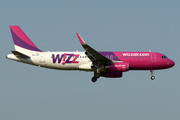 Airbus A320-232 - HA-LYK operated by Wizz Air