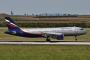 Airbus A320-214 - VQ-BHN operated by Aeroflot