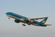 Boeing 777-200ER - VN-A142 operated by Vietnam Airlines