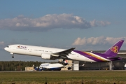 Boeing 777-300 - HS-TKD operated by Thai Airways