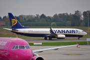 Boeing 737-800 - EI-EKI operated by Ryanair