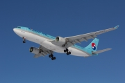 Airbus A330-223 - HL8227 operated by Korean Air