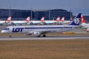 LOT Polish Airlines Embraer 190-200LR - SP-LNC
