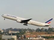 Boeing 777-300ER - F-GSQF operated by Air France