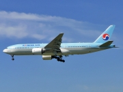 Boeing 777-200ER - HL7531 operated by Korean Air