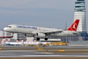 Airbus A321-231 - TC-JRT operated by Turkish Airlines