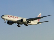 Boeing 777-200LR - A7-BBG operated by Qatar Airways