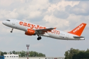 Airbus A320-214 - G-EZUD operated by easyJet
