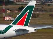Boeing 777-200ER - EI-DBK operated by Alitalia
