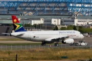 Airbus A320-232 - ZS-SZA operated by South African Airways