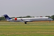 Bombardier CRJ900 - OY-KFK operated by Scandinavian Airlines (SAS)