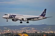 Embraer E195LR (ERJ-190-200LR) - SP-LND operated by LOT Polish Airlines