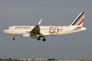 Air France Airbus A320-214 - F-HEPG