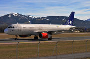 Scandinavian Airlines (SAS) Airbus A320-232 - OY-KAM