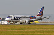 Embraer E175LR (ERJ-170-200LR) - SP-LIN operated by LOT Polish Airlines