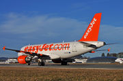 Airbus A319-111 - G-EZIS operated by easyJet
