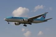 Boeing 777-200ER - HL7530 operated by Korean Air
