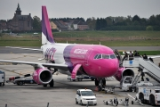 Airbus A320-232 - HA-LWI operated by Wizz Air