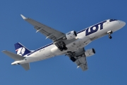 Embraer E175LR (ERJ-170-200LR) - SP-LIO operated by LOT Polish Airlines