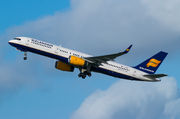 Boeing 757-200 - TF-ISZ operated by Icelandair