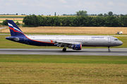 Airbus A321-211 - VP-BOC operated by Aeroflot