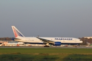 Boeing 777-200ER - EI-UNR operated by Transaero Airlines