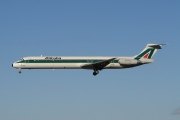 McDonnell Douglas MD-82 - I-DATG operated by Alitalia