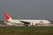 Boeing 777-200ER - JA711J operated by Japan Airlines (JAL)
