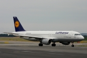 Airbus A320-211 - D-AIQD operated by Lufthansa