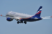 Airbus A320-214 - VP-BWI operated by Aeroflot