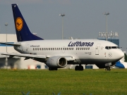 Boeing 737-500 - D-ABIY operated by Lufthansa
