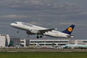 Airbus A320-214 - D-AIZE operated by Lufthansa