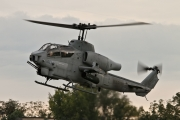 Bell AH-1W Super Cobra - 165052 operated by US Marine Corps (USMC)