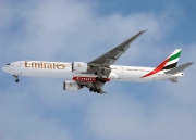 Boeing 777-300ER - A6-EBR operated by Emirates