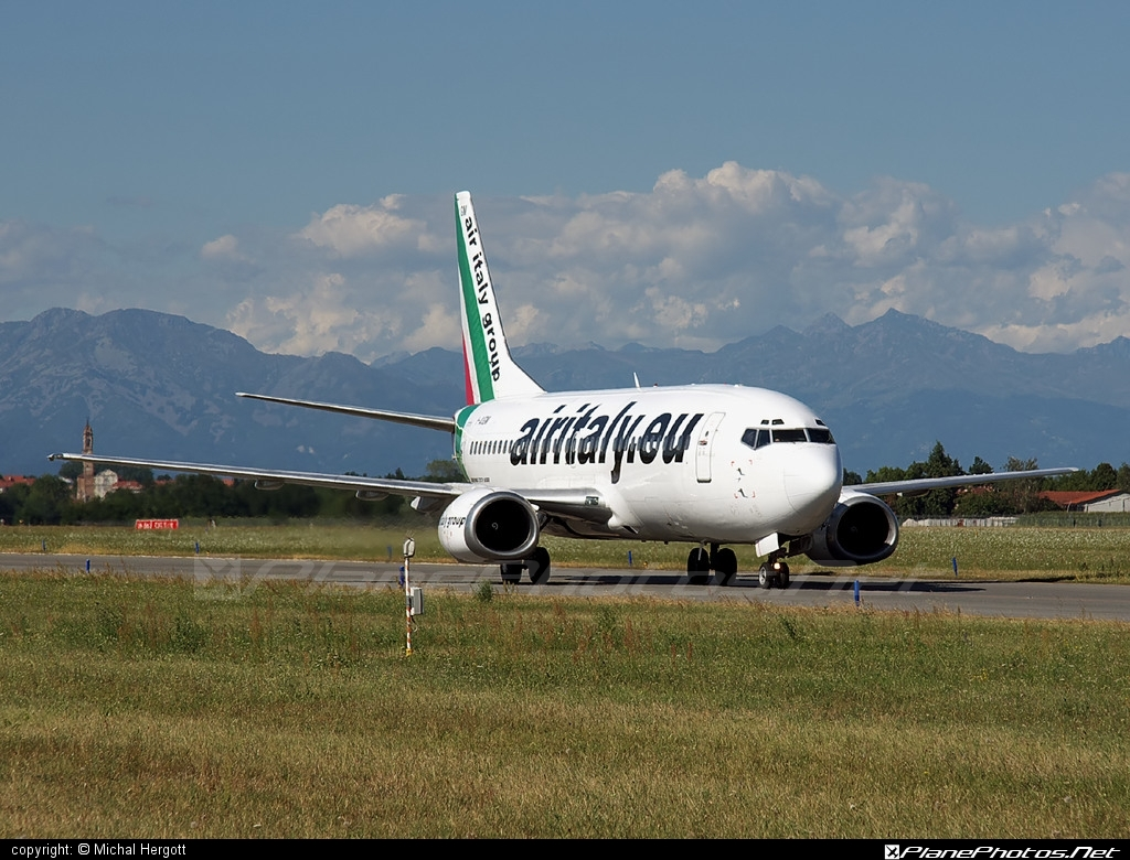 Boeing 737-300 - I-AIGM operated by Air Italy #b737 #boeing #boeing737