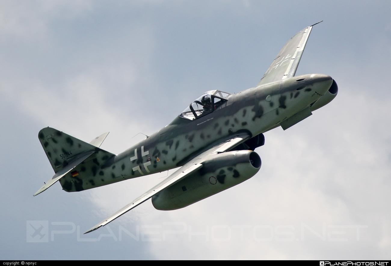Messerschmitt Me 262A-1c Schwalbe (replica) - D-IMTT operated by Messerschmitt Foundation #me262 #me262replica #me262schwalbe #messerschmitt