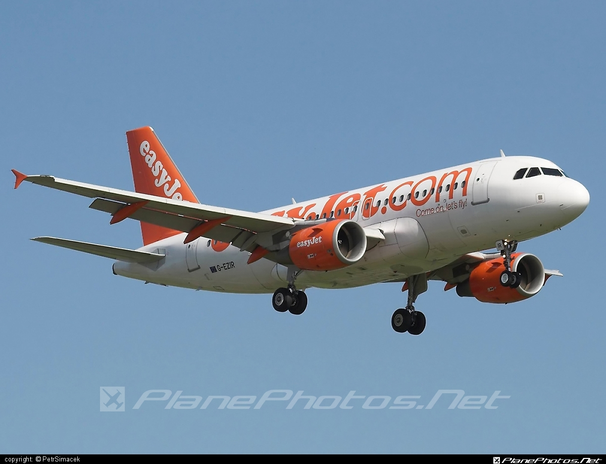 Airbus A319-111 - G-EZIR operated by easyJet #a319 #a320family #airbus #airbus319 #easyjet