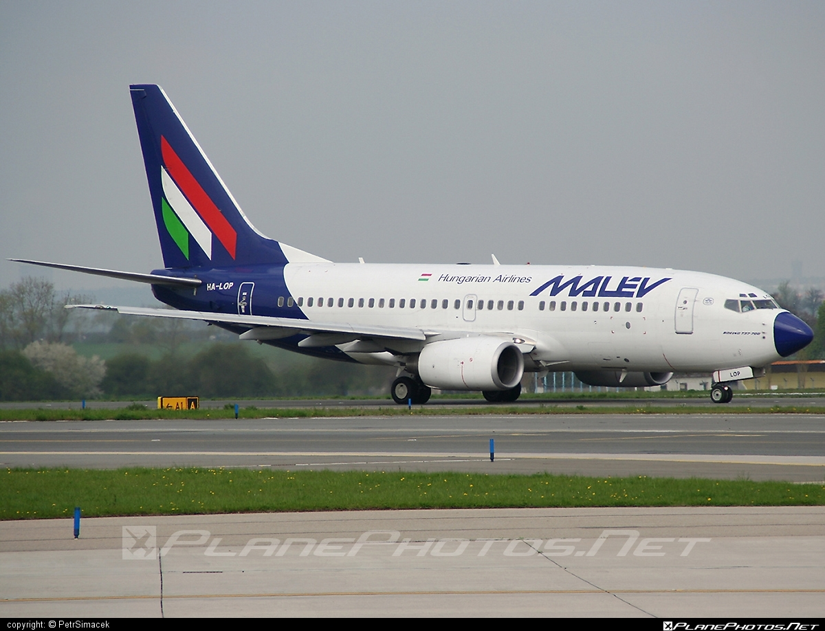 Boeing 737-700 - HA-LOP operated by Malev Hungarian Airlines #b737 #b737nextgen #b737ng #boeing #boeing737