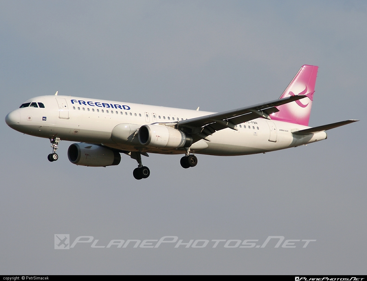 Airbus A320-232 - TC-FBR operated by Freebird Airlines #FreebirdAirlines #a320 #a320family #airbus #airbus320