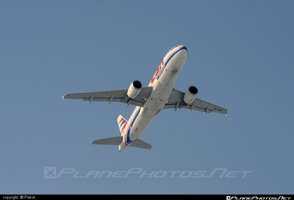 Airbus A320-214 - OK-MEI operated by CSA Czech Airlines #a320 #a320family #airbus #airbus320 #csa #czechairlines