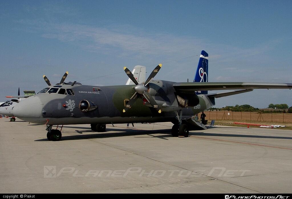Antonov An-26 - 2507 operated by Vzdušné síly AČR (Czech Air Force) #an26 #antonov #antonov26 #czechairforce #vzdusnesilyacr