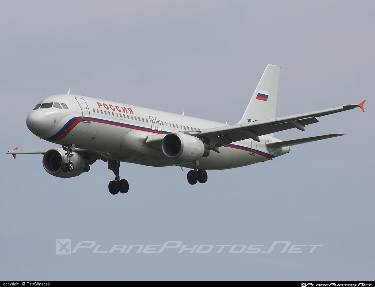 Airbus A320-214 - VQ-BDY operated by Rossiya Airlines #a320 #a320family #airbus #airbus320