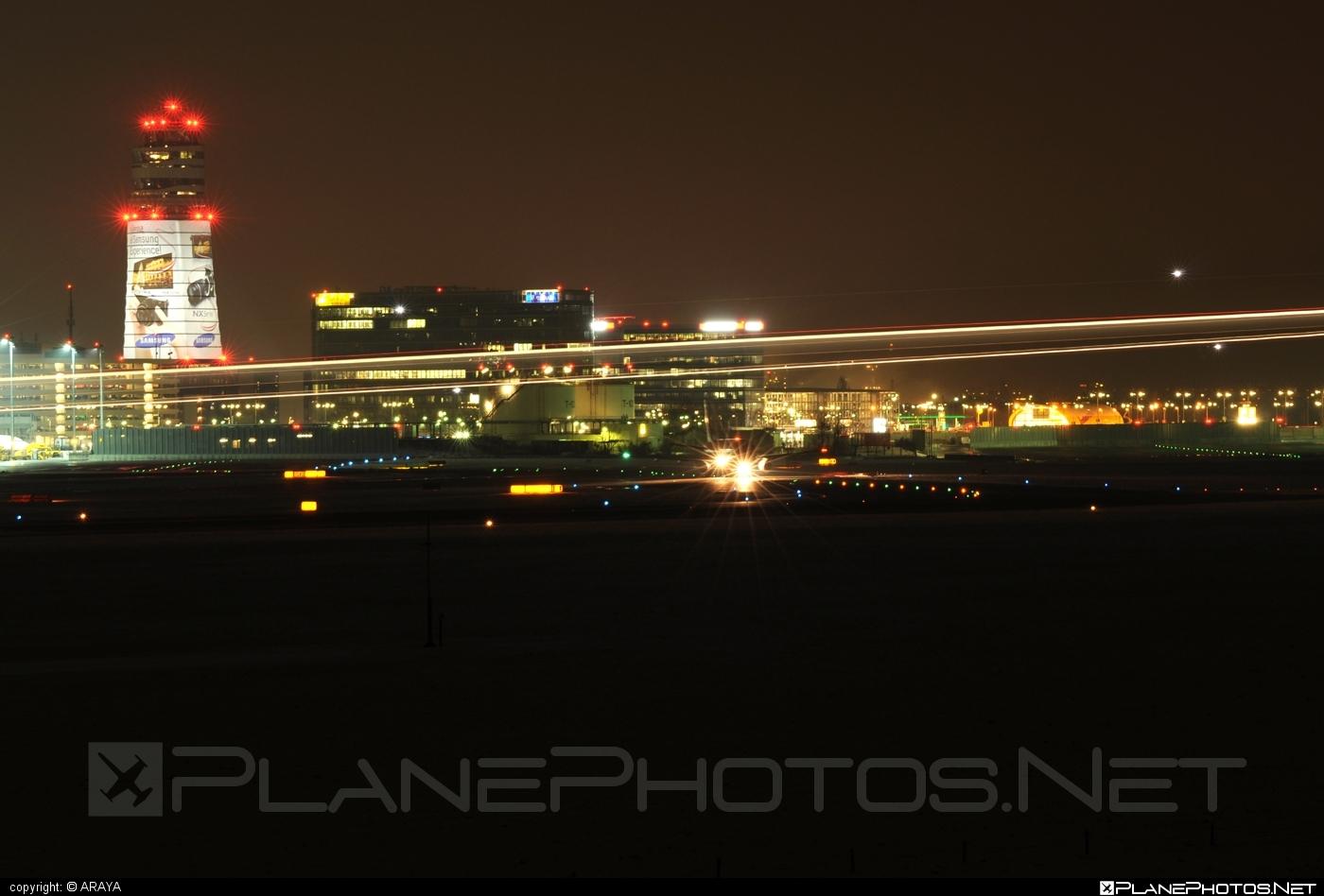 Vienna Schwechat airport overview