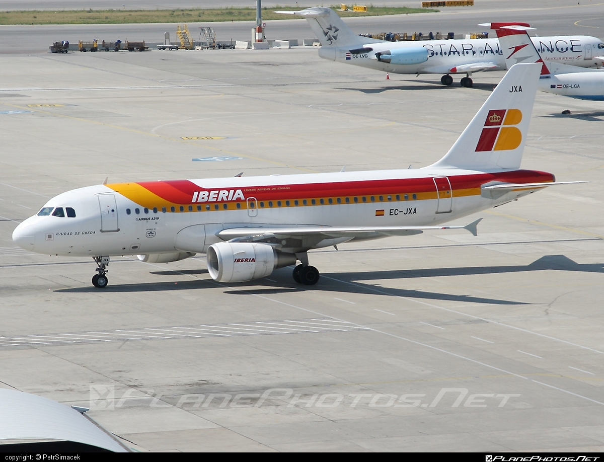 Airbus A319-111 - EC-JXA operated by Iberia #a319 #a320family #airbus #airbus319 #iberia