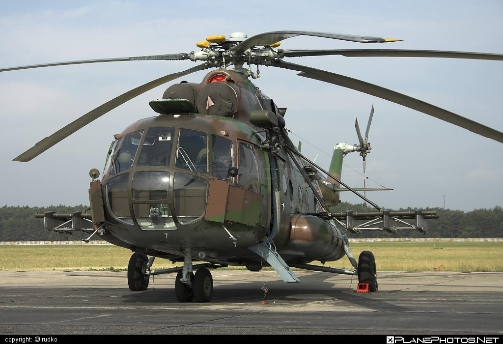 Mil Mi-17 - 0812 operated by Vzdušné sily OS SR (Slovak Air Force) #mi17 #mil #mil17 #milhelicopters #slovakairforce #vzdusnesilyossr