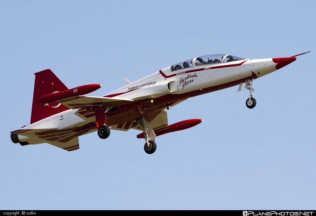 Canadair NF-5B Freedom Fighter - 69-4009 operated by Türk Hava Kuvvetleri (Turkish Air Force) #canadair #natodays #natodays2011 #turkishairforce
