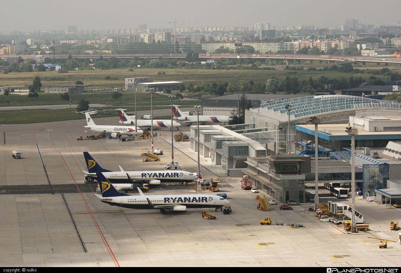 Bratislava M.R.Štefánik airport overview
