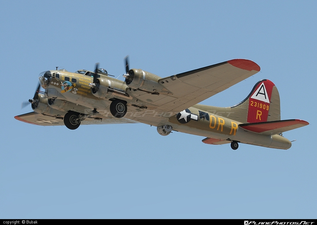 Boeing B-17G Flying Fortress - N93012 operated by Private operator #boeing