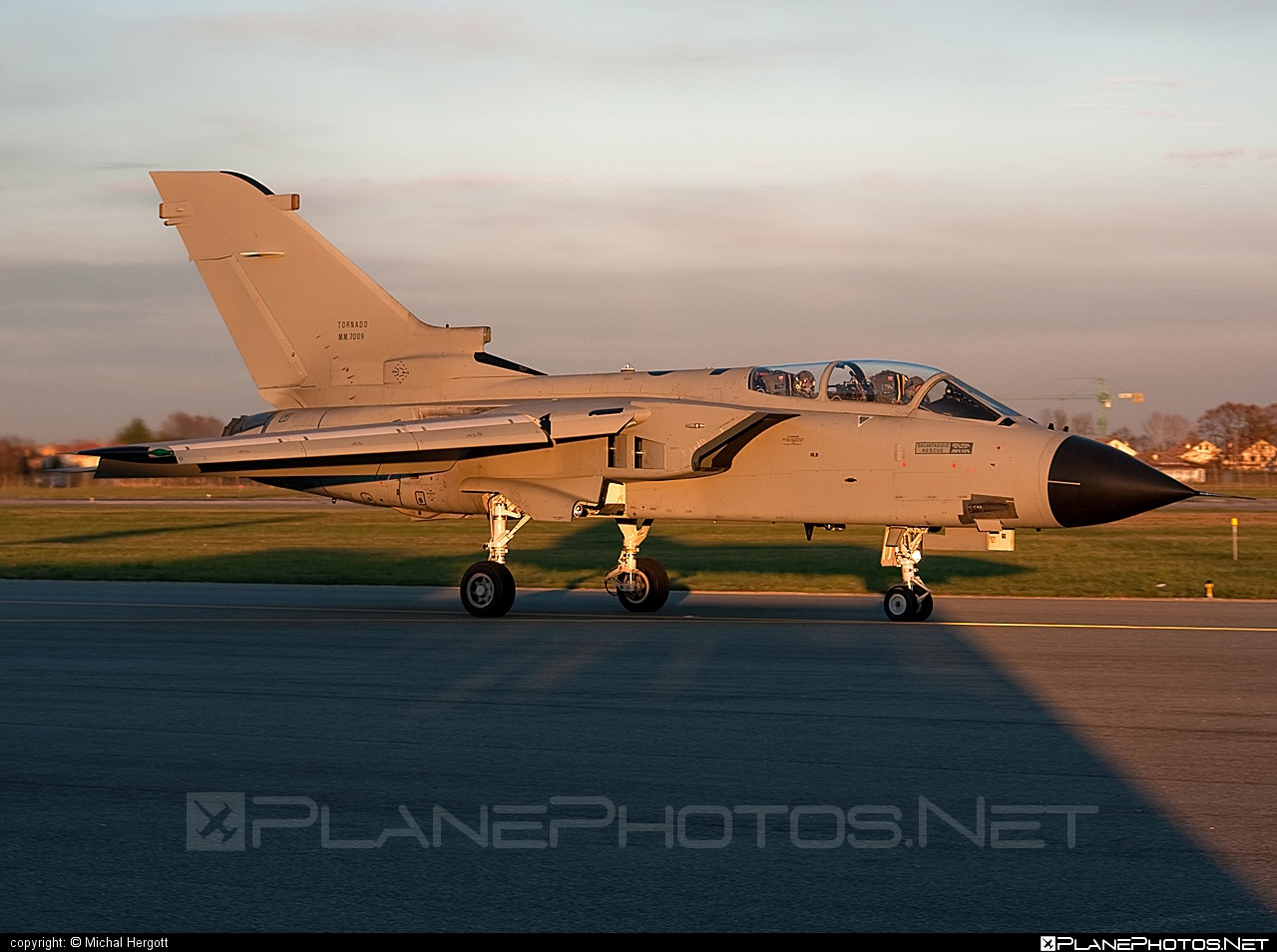 Panavia Tornado IDS - MM7009 operated by Aeronautica Militare (Italian Air Force) #panavia #panaviatornado #tornadoids